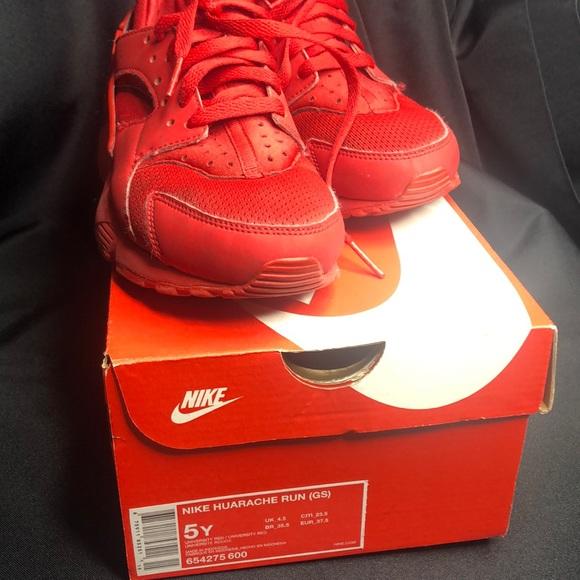 Nike Shoes   Youth Size 5 Huarache Run